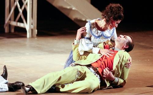 chiuso-per-western-teatro-impiria-verona-far-west-musical